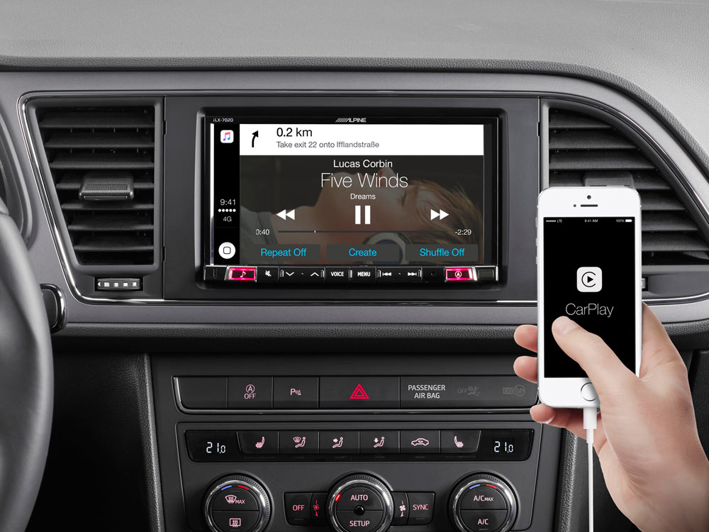 """7"""" Mobile Media System for SEAT Leon featuring Apple CarPlay and"""