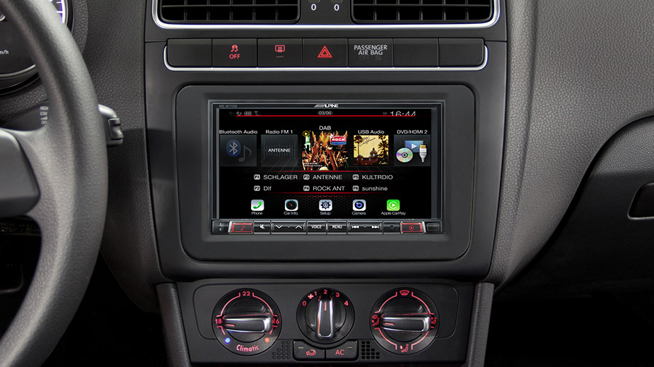 INE W710D Navigation System in Polo 5 with DAB Radio Bluetooth DVD